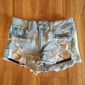 AEO Distressed Lace Underlay Pocket Shorts